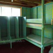 inside-houseboat